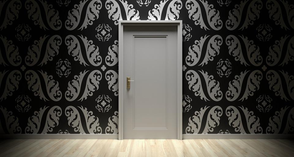 dvere, hala